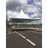 montagem de estrutura metálica para festival Vila Anastácio